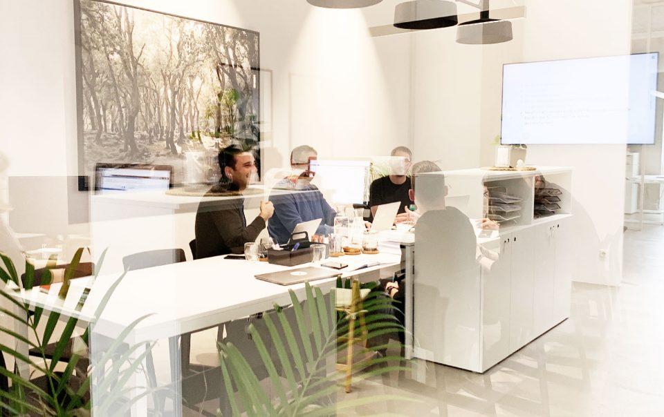 Blick in den Coworking Space Besprechungsraum
